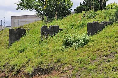 吉隈炭鉱唯一の遺構