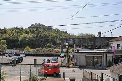 三菱古賀山炭鉱 ホッパーとボタ山