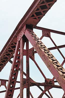 六五郎橋 中央の5つのトラス 部分拡大