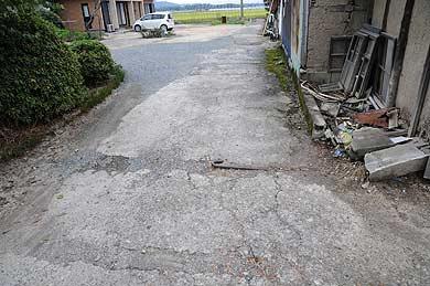 大浜飛行場 大型格納庫Aの床コンクリート