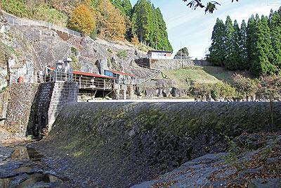 馬見原発電所の取水口