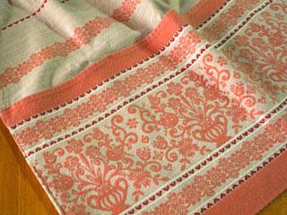 フォークロア刺繍のエプロン(桃色)