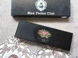 マックスファクター ドイツ刺繍のコームケース