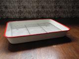 富士ホーロー キッチンバット(白×赤)