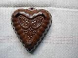 fromドイツ マットな陶器の鳥レリーフのケーキ型