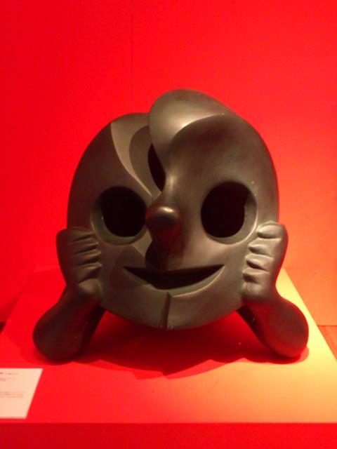 岡本太郎 「顔は宇宙だ」展