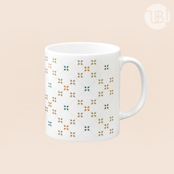 お花っぽいレトロパターンのマグカップ