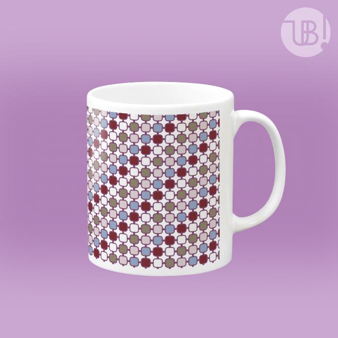なんとなくなつかしいパターン模様のマグカップ