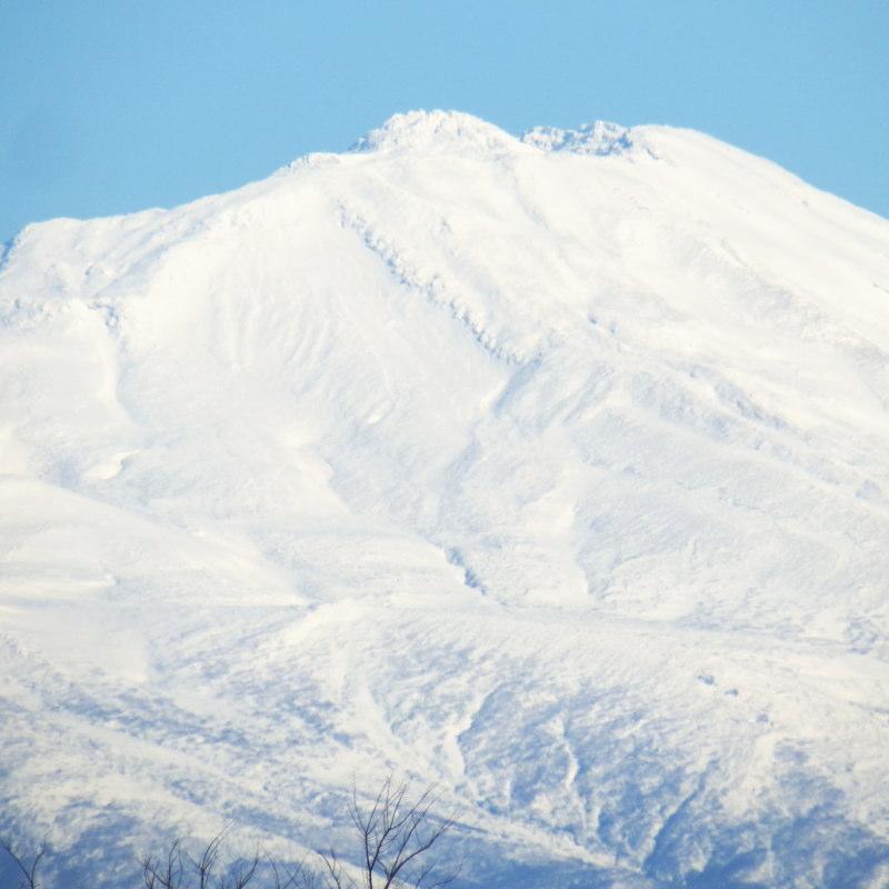 小春日和の鳥海山山頂