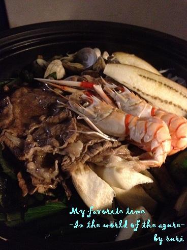 タジン鍋の蒸し料理