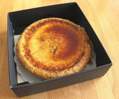 シェ・しらはまプレミアムチーズケーキ 01