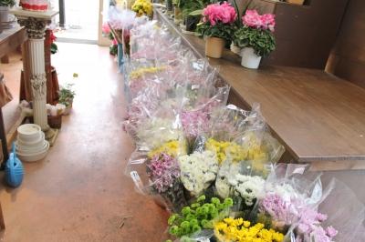 切花 激安 家族葬 生花祭壇 いわき市 小名浜の花屋 花国湘南台店