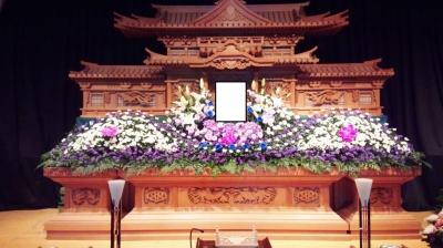葬儀 安い 家族葬 生花祭壇 いわき市 小名浜の花屋 花国湘南台店