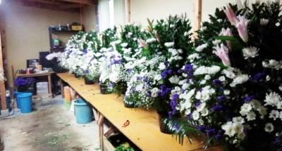 家族葬 フラワー祭壇 生花祭壇 いわき市 お花の花屋 花国湘南台店