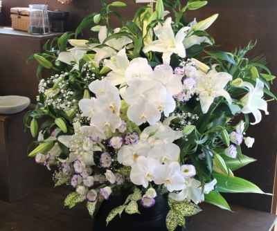お供え、命日、ご葬儀、いわき市 小名浜の花屋 花国湘南台店