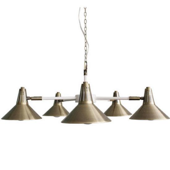 真鍮パーツがアクセント5灯の電灯は角度調整可能1