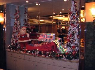 メインダイニング内のクリスマスの装飾