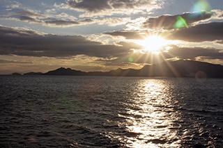 小豆島北岸をクルージング