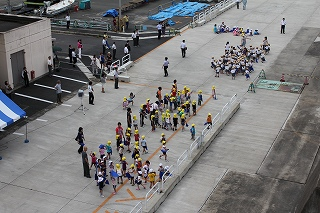 舞鶴東港でのお出迎え
