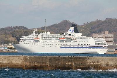 松山外港に停泊中の「ぱしふぃっくびいなす」