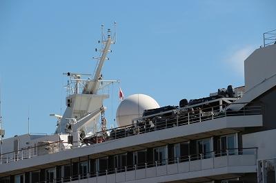 「L'AUSTRAL」の船体上部にはゾディアックボートを搭載。