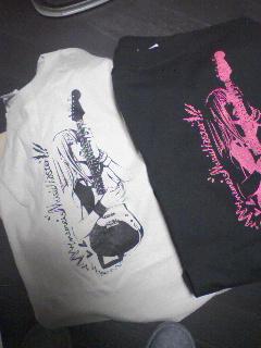 ギター女Tシャツ
