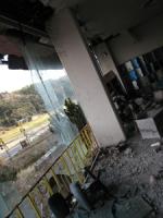 ボウリング場/エントランス/ガラス壁