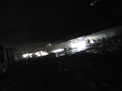 ボウリング場/広大な闇