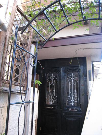 バラからドア