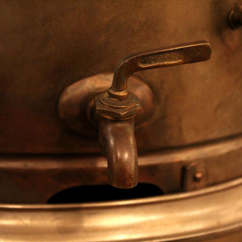 真鍮製のタオルウォーマー