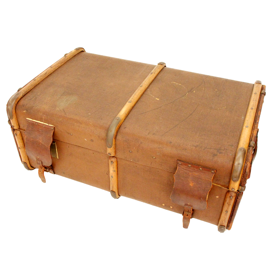 REID&TODD GLASGOW ANTIQUE TRUNK made in England 斜め上