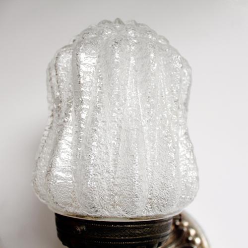 ウォールランプのガラスシェード