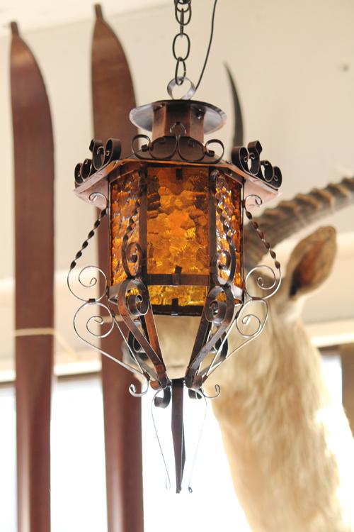 Mate.Antique&Interiors vintage pendant lamp