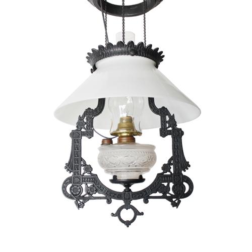 オイルランプのような吊り下げアンティーク 照明
