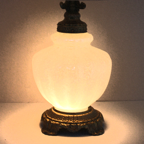 ベースも光るランプ