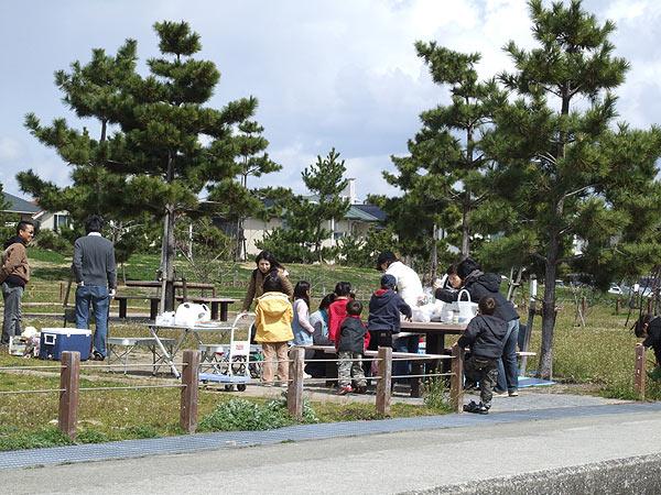 芦屋市総合公園・ちょっと寒いがいいニオイ