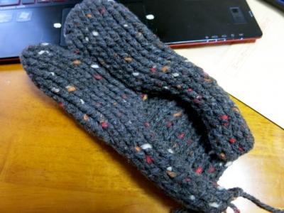 足袋シューズ編みかけ