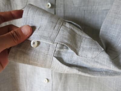 父のシャツ 袖丈直し