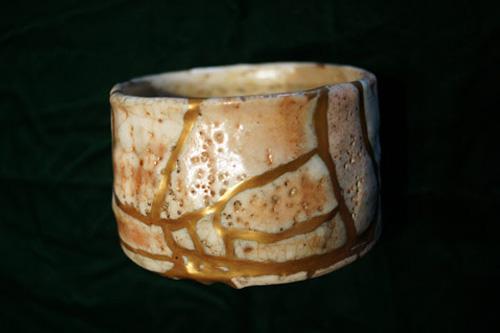 よびつぎ志野茶碗