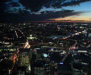 オーストラリア シドニータワー 夜景