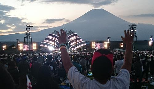 長渕剛富士山オ−ルナイトライブ