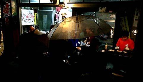 雨の焼鳥テラス
