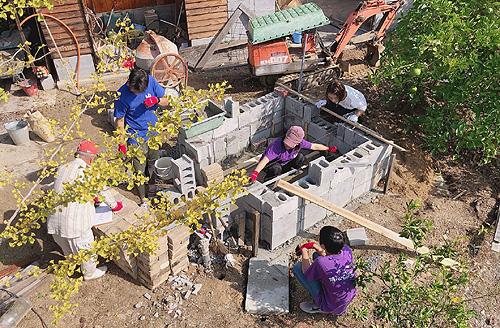 耐火煉瓦設置作業