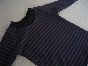 コットンウール接結ボーダーの長袖Tシャツ
