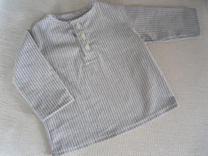 布帛のヘンリーネックシャツ