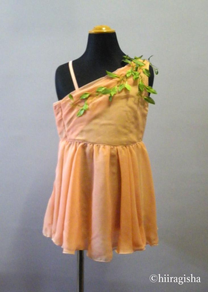 オレンジのキューピットの衣裳