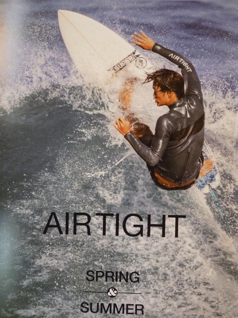 AIR TIGHT ウェットスーツ