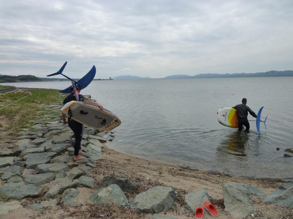 しんじ湖で FOIL SUP