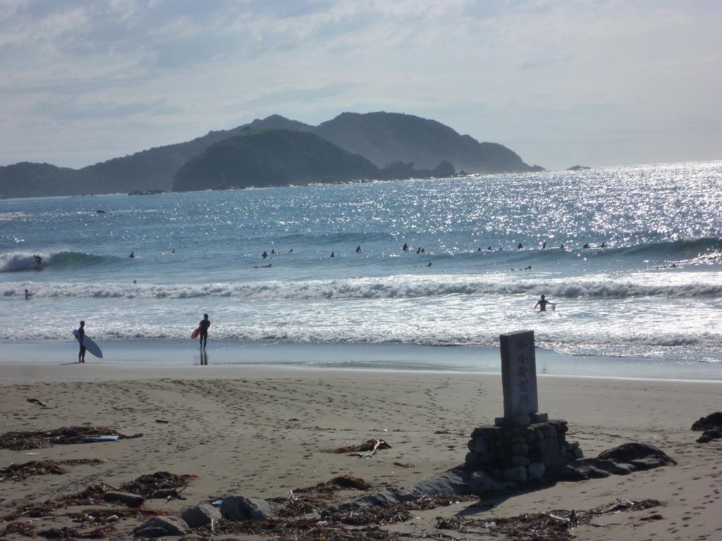 日曜の生見海岸