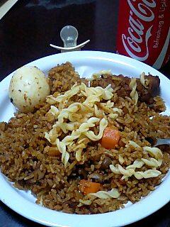 ガーナ料理のジョロフ